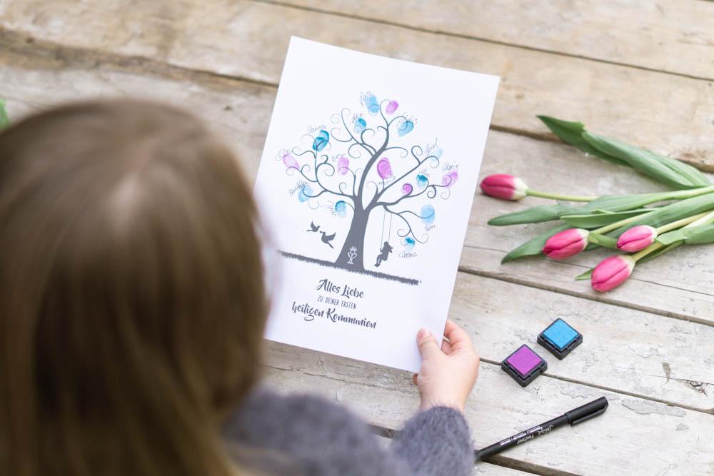 fingerabdruckbild als Geschenk Idee zur Kommunion für Junge und Mädchen